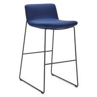 Wini-Connection-Barhocker_Swoosh-Chairs_04