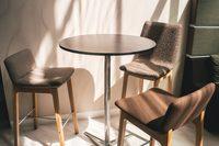Wini-Connection-Barhocker_Swoosh-Chairs_15